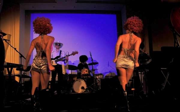 JY SERVE Orchestre Spectacles du monde : Soirée disco !