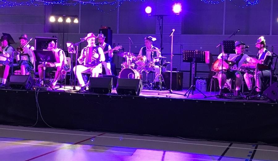 JY SERVE Orchestre pour soirée Bavaroise