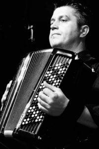 JY SERVE accordéoniste