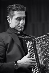 JY SERVE et son accordéon